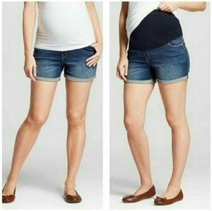 Liz Lange Maternity Jean Shorts Midi